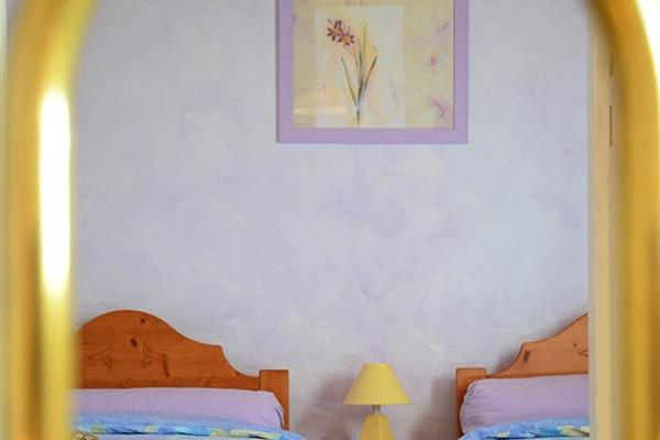 chambre-lavande-689ED3621-201E-CC2D-DA9D-4E720914631C.jpg